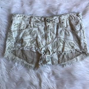 FREE PEOPLE Jean Shorts Size 27